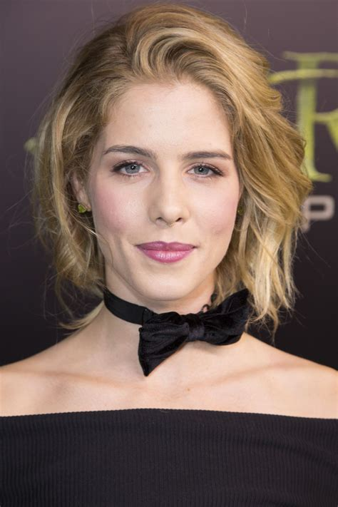 emily bett ricksrds emily bett rickards at arrow 100th episode celebration