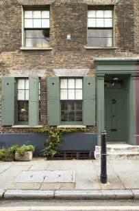farrow exterior paint exterior woodwork and door painted in farrow green