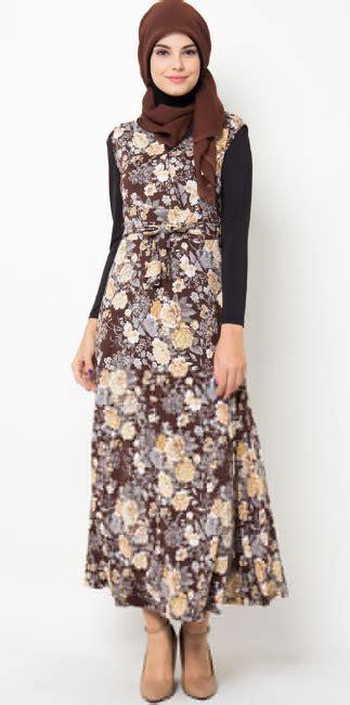 Baju Muslimah Bermotif Batik 2 contoh model baju batik terpopuler 2015