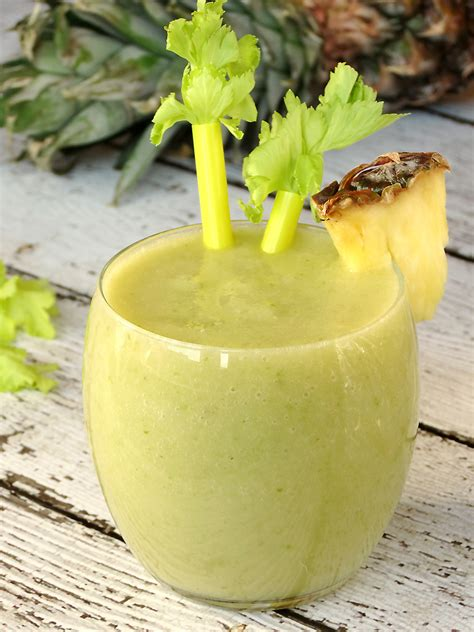 Pineapple Celery Detox Smoothie by Pineapple Celery Smoothie Recipe Celery Smoothie
