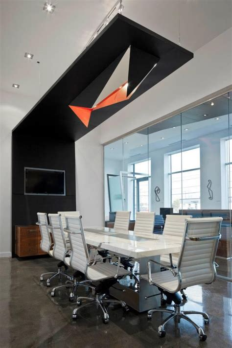Boardroom Table Ideas 25 Best Ideas About Boardroom Tables On Modern Offices Pilar Pallete And Meeting