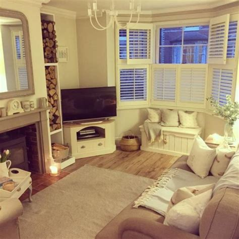 Small Living Room Diy 17 Easy Diy Decor For Your Living Room On A Budget