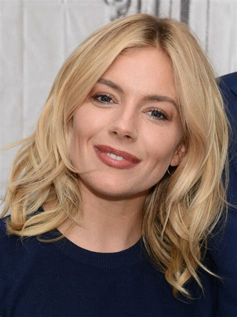NEW PICTURES: Celebrity hair - new styles this week Celebrity