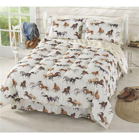 girl horse comforter sets 1000 ideas about horse bedding on pinterest horse