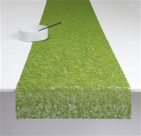 Chilewich Spun Vinyl Table Runner Grass Contemporary
