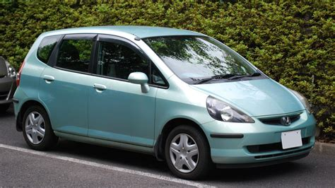 cars like honda fit eli5 why don t car companies figure out what s considered