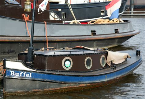 opduwer sleepboot opduwer quot buffel quot oosterdok boats pinterest boating