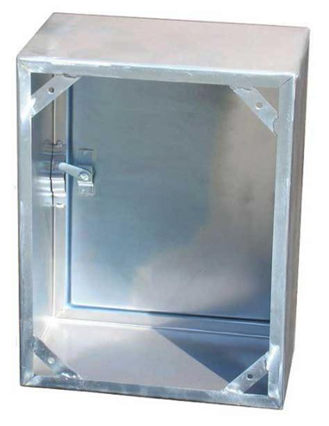 cassetta contatore acqua cassette e sportelli per contatori acqua e gas metano