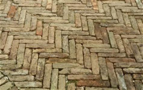 Pavimento In Mattoni by Mattoni Vecchi Da Pavimento Recupero Materiali