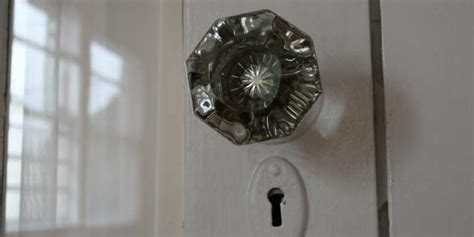 websites  finding  cool knobs pulls
