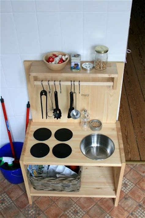 diy play kitchen ideas 44 best images about diy child s play kitchen on play kitchen diy play