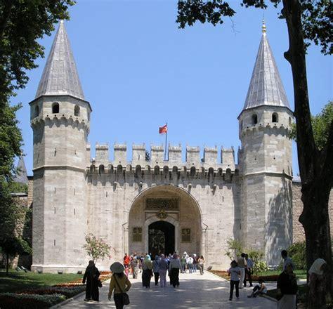 ottoman palace istanbul basilica cistern and topkapi palace suemtravels