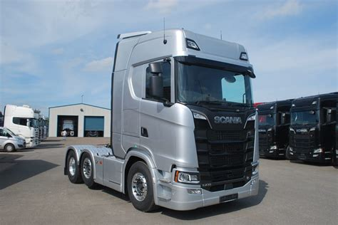Ando Topline Black White Blue 3 scania s730 6x2 4 hiline in silver moody international scania specialists