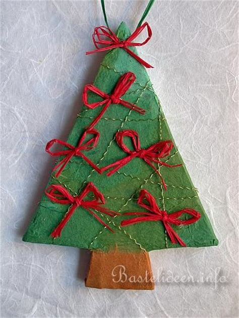 weihnachtsbasteln weihnachtsbaum anh 228 nger aus pappmach 233
