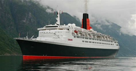 queen elizabeth ii ship qe2 pictures exterior