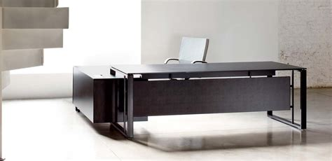 scrivania nera mobili per ufficio scrivania direzionale nera