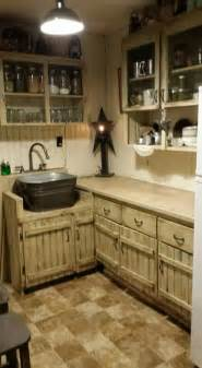 country kitchen sink ideas best 25 primitive kitchen cabinets ideas on