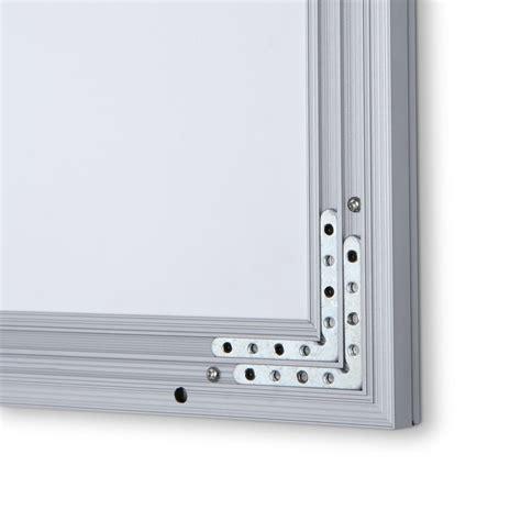 cornici luminose cornice luminosa a led con profilo a scatto formato 70x100