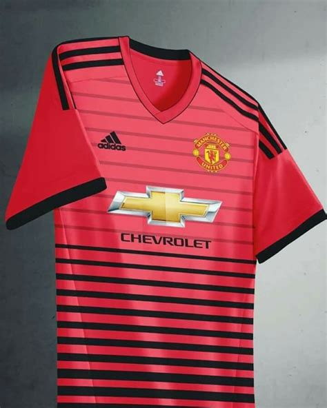 home kit manchester united football man