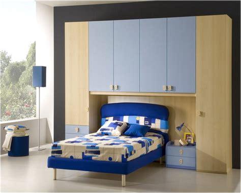 desain kamar warna biru 45 desain kamar tidur sempit minimalis sederhana terbaru