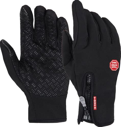 10 Warm Winter Accessories by Top 10 Snow Gloves That Will Keep Your Warm In The