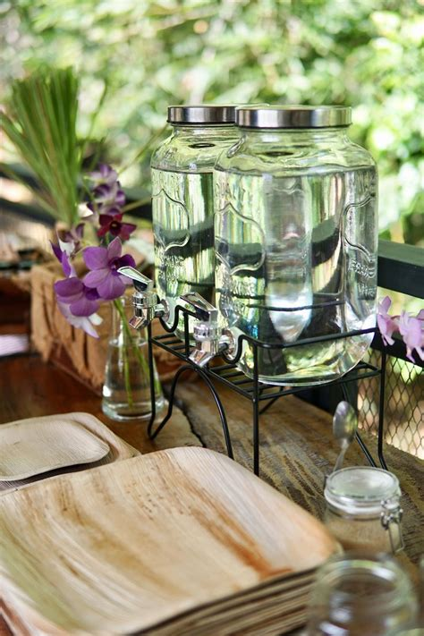 disposable buffet plates best 25 palm leaf plates ideas on hawaii