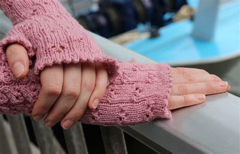 stricken armstulpen armstulpen stricken mit dem addisockenwunder sockshype