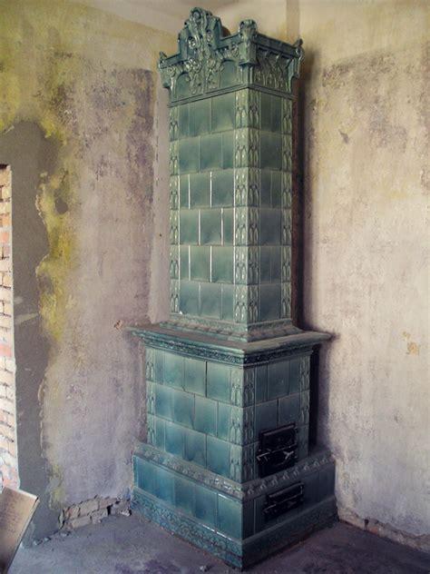 kachelofen abbauen historischer alter kachelofen