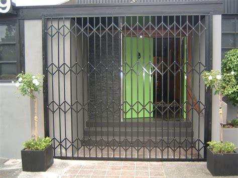 Trellis Door news and the australian trellis doors company