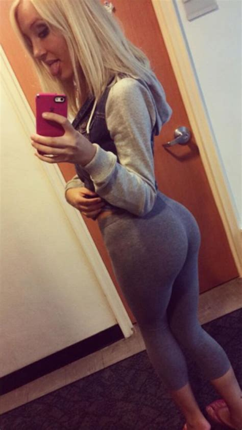 primejailbait selfie yoga pants blonde girls in yoga pants workout shorts 100 photos