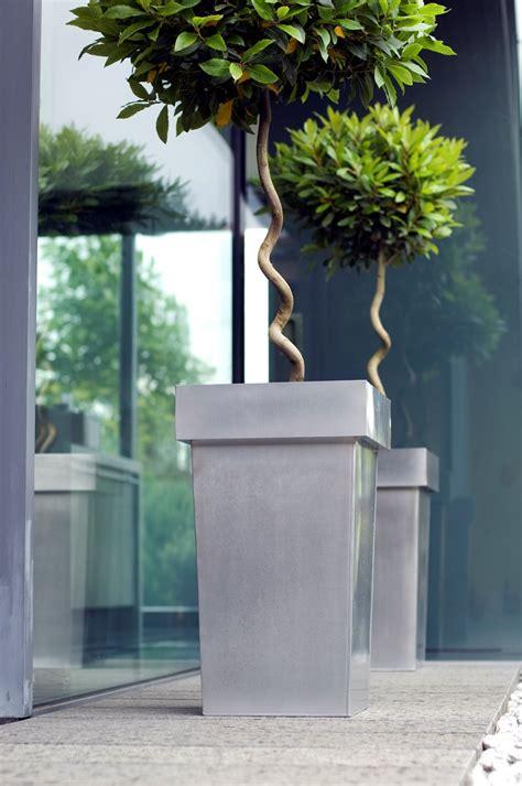 Metal Planters Uk by Metal Plant Pot Planter Designer Metal