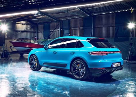 porsche macan  model price equipment  suvs