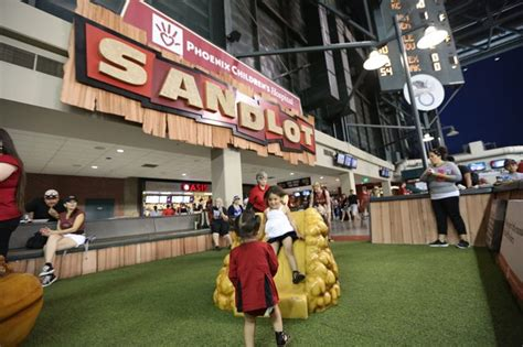 Dbacks Giveaways - arizona diamondbacks announce giveaways at home games