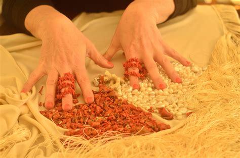 vanitosa significato perle e corallo origine e significato made in italy