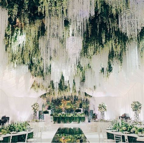 Forest Wedding Decor by Best 25 Forest Theme Weddings Ideas On