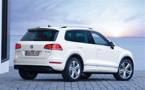 touareg volkswagen 2014 2014 volkswagen touareg information and photos zombiedrive