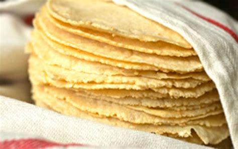 imagenes de unas tortillas tortilla leche y huevo suben poco con el gasolinazo