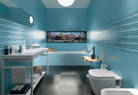 bathroom fish tank ocean bathroom with fish tank for the home pinterest
