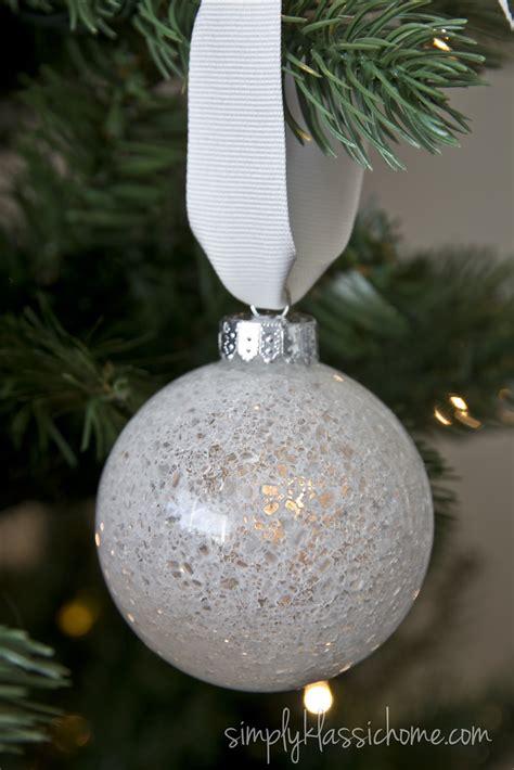 ten handmade ornaments in under an hour