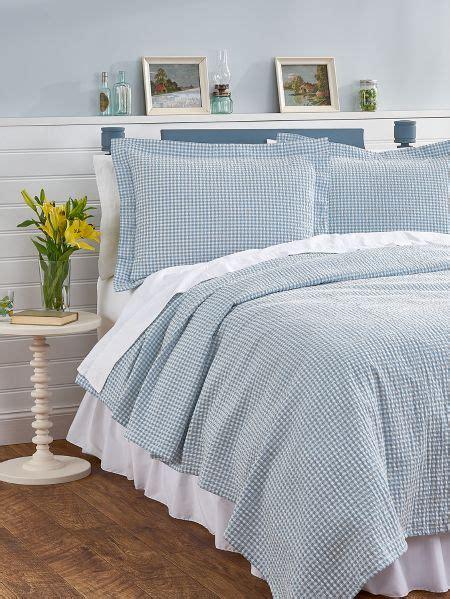 seersucker bedspreads gingham bedspread seersucker coverlet