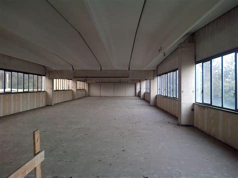 affitto capannone industriale 2205 biassono capannone industriale con uffici affitto