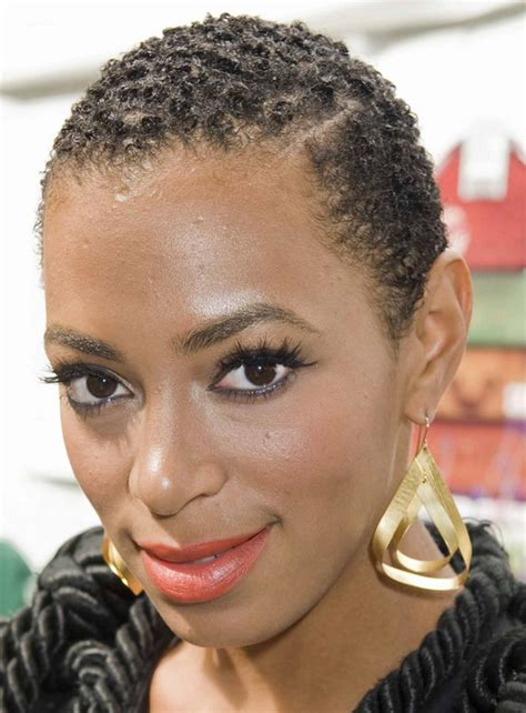 Solange Knowles Hairstyles by Solange Knowles S Hairstyle With Curls