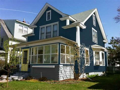 blue exterior house paint colors