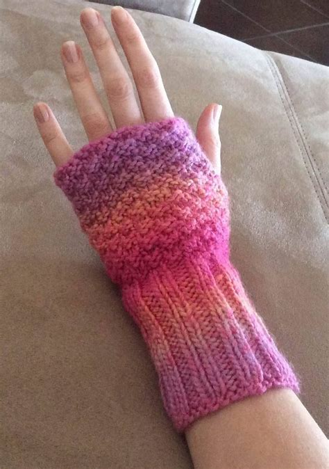 knit pattern heart mittens free knitting pattern for comfy knit wristers easy