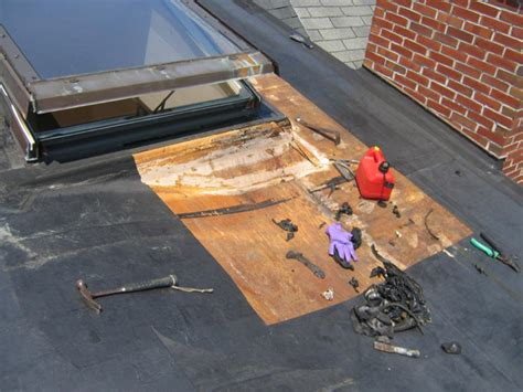 Why Does Salt L Leak Water by Why Do Roofs Leak Roof Leak Through Bathroom Vent With