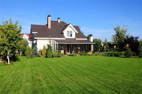 house with a big backyard ideas for lanscaping buy landscaping ideas for large