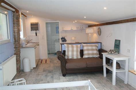 wohnung karlsruhe ferienwohnung am privatsee in karlsruhe baden