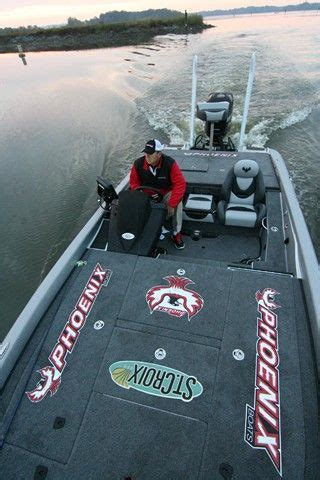 phoenix boats vs bass cat phoenix boats photo copyright brad wiegmann outdoors