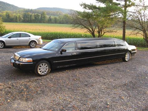 used lincoln town cars for sale by owner 2005 lincoln town car for sale by owner in petersburg pa