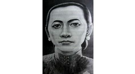 Perempuan Perempuan Perkasa Di Jawa Abad Xviii Xix Carey top 3 fatmawati soekarno sang merpati dari bengkulu regional liputan6